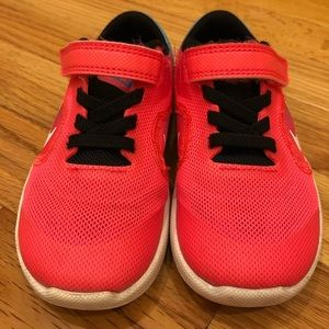 Nike Shoes - Nike size 9C sneakers